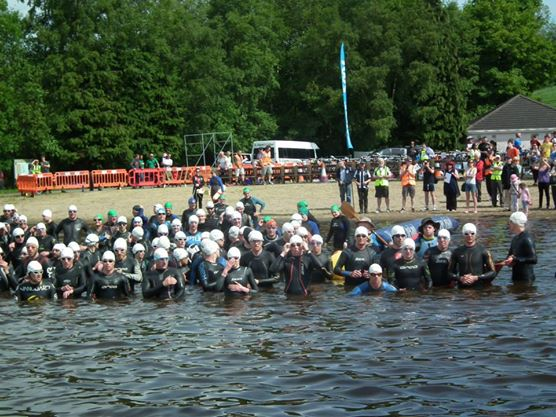 swimmers ready for off triathlon
